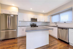 Photo of 72 Cricklewood, Yonkers, NY 10704 (MLS # 4851510)