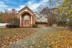 Photo of 8 High Tor Road, New City, NY 10956 (MLS # 4852221)