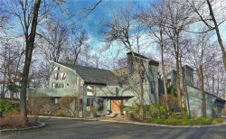 Photo of 48 Longview Lane, Chappaqua, NY 10514 (MLS # 4855741)