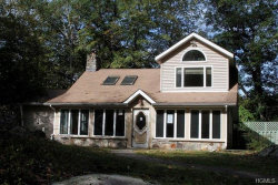 Photo of 9 Woodleigh Road, Putnam Valley, NY 10579 (MLS # 4855954)