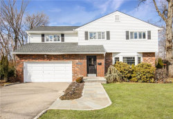 Photo of 27 Overlook Road, Dobbs Ferry, NY 10522 (MLS # 4903835)