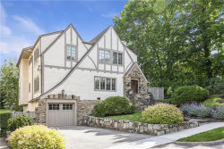 Photo of 9 Cambridge Court, Larchmont, NY 10538 (MLS # 4908328)
