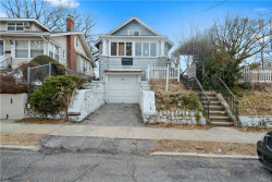 Photo of 17 Knollwood Place, Mount Vernon, NY 10550 (MLS # 4909561)