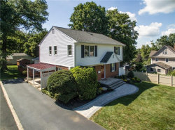 Photo of 16 Hilltop Drive, Pearl River, NY 10965 (MLS # 4915395)