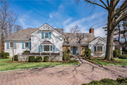 Photo of 10 Dudley Lane, Larchmont, NY 10538 (MLS # 4917456)
