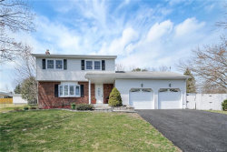 Photo of 52 Nantucket Drive, Fishkill, NY 12524 (MLS # 4918121)