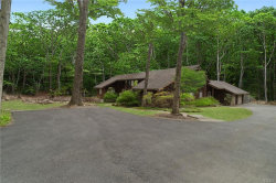 Photo of 6 Meadow Hill Place, Armonk, NY 10504 (MLS # 4920779)