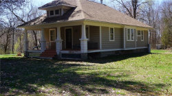 Photo of 657 Route 376, Hopewell Junction, NY 12533 (MLS # 4922113)