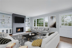 Photo of 34 Sherwood Drive, Larchmont, NY 10538 (MLS # 4922409)