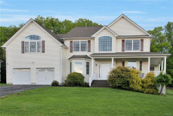 Photo of 1039 Rolling Ridge, New Windsor, NY 12553 (MLS # 4929583)