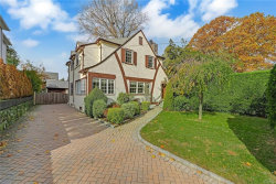 Photo of 417 Bronxville Road, Bronxville, NY 10708 (MLS # 5113149)