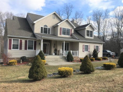 Photo of 8 Timberline Court, Putnam Valley, NY 10579 (MLS # 5120772)