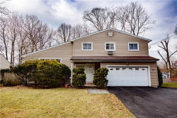 Photo of 16 Westway, Hartsdale, NY 10530 (MLS # 6009340)