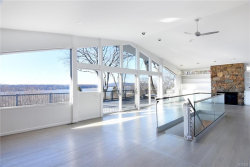 Photo of 65 Southlawn Avenue, Dobbs Ferry, NY 10522 (MLS # 6010409)