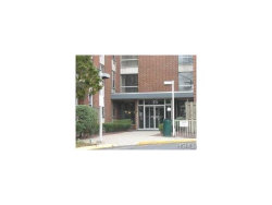 Photo of 35 Park Avenue, Unit 6A, Suffern, NY 10901 (MLS # 4649829)