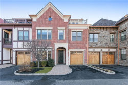 Photo of 18 Orchard Drive, Unit CH02, Tarrytown, NY 10591 (MLS # 4904685)