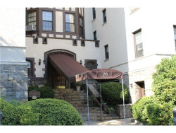 Photo of 26 West Pondfield Road, Unit 1A, Bronxville, NY 10708 (MLS # 4731265)