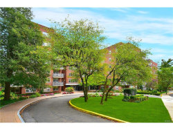 Photo of 260 Garth Road, Unit 1A5, Scarsdale, NY 10583 (MLS # 4733438)