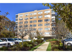 Photo of 72 West Pondfield Road, Unit 1C, Bronxville, NY 10708 (MLS # 4750303)