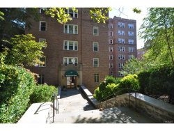 Photo of 280 Bronxville Road, Unit 8N, Bronxville, NY 10708 (MLS # 4751760)