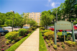 Photo of 72 West Pondfield Road, Unit F-1, Bronxville, NY 10708 (MLS # 4827476)