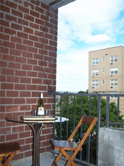 Photo of 395 Westchester Avenue, Unit 2G, Port Chester, NY 10573 (MLS # 4827698)