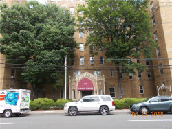 Photo of 219 Bronx River Road, Unit 5H, Yonkers, NY 10704 (MLS # 4828905)
