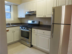 Photo of 11 Westview Avenue, Unit 35-1, White Plains, NY 10603 (MLS # 4855060)