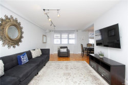 Photo of 377 North Broadway, Unit 220, Yonkers, NY 10701 (MLS # 4908270)