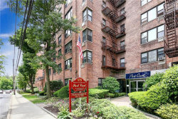 Photo of 575 Bronx River Road, Unit 6C, Yonkers, NY 10704 (MLS # 4953694)