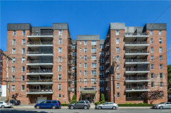 Photo of 61 Bronx River Road, Unit 7H, Yonkers, NY 10704 (MLS # 5025015)