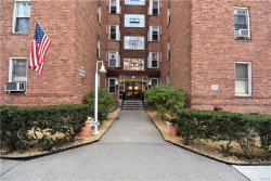 Photo of 2 Louisiana Avenue, Unit 1H, Bronxville, NY 10708 (MLS # 6014704)