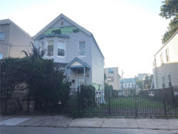 Photo of 121 Clinton Place, Yonkers, NY 10701 (MLS # 4823638)