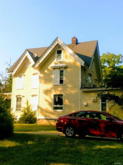 Photo of 33 West Main Street, Washingtonville, NY 10992 (MLS # 4833365)