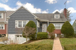 Photo of 210 Florence Street, Mamaroneck, NY 10543 (MLS # 4920083)