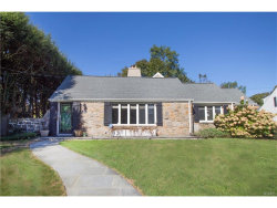 Photo of 33 Wildwood Road, Scarsdale, NY 10583 (MLS # 4746573)