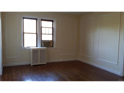 Photo of 620 Pelhamdale Avenue, Unit 43, Pelham, NY 10803 (MLS # 4751137)