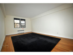 Photo of 142 Garth Road, Unit 5S, Scarsdale, NY 10583 (MLS # 4801135)