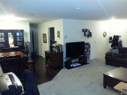 Photo of 276 Temple Hill Road, Unit 1112, New Windsor, NY 12553 (MLS # 4801908)