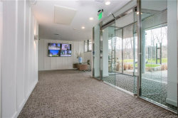 Photo of 250 Central Park Avenue, Unit 2L, Hartsdale, NY 10530 (MLS # 4809399)