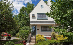 Photo of 1 Kensington Terrace, Bronxville, NY 10708 (MLS # 4816201)