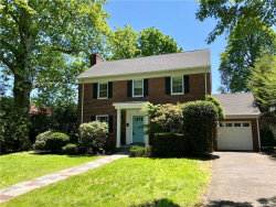Photo of 975 Grant Avenue, Pelham, NY 10803 (MLS # 4824631)
