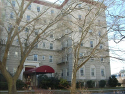 Photo of 2 Park Lane, Unit 1 E, Mount Vernon, NY 10552 (MLS # 4914789)