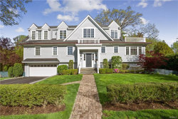 Photo of 82 Shore Drive, Larchmont, NY 10538 (MLS # 4935319)
