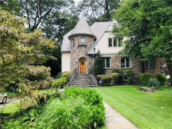 Photo of 622 Forest Avenue, Larchmont, NY 10538 (MLS # 5015120)