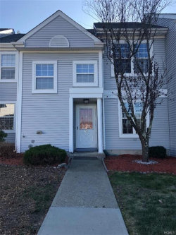 Photo of 18 Kent Court, Middletown, NY 10940 (MLS # 5120671)