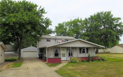 Photo of 2537 Chestnut St, Girard, OH 44420 (MLS # 3823750)