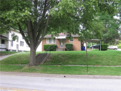 Photo of 647 South Depeyster St, Kent, OH 44240 (MLS # 3911600)