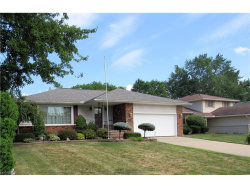 Photo of 1833 Euston Dr, Mayfield Heights, OH 44124 (MLS # 3926903)