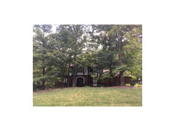 Photo of 10027 Hunting Dr, Brecksville, OH 44141 (MLS # 3929942)